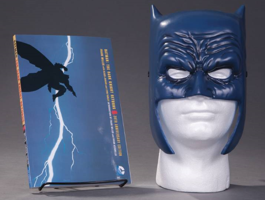Batman Dark Knight Returns Mask Set (ING/TP) Comic
